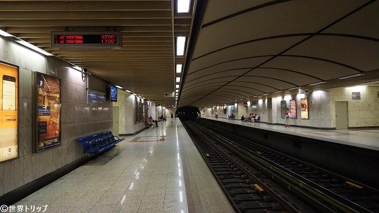 ギリシャ・アテネのメガロ・ムシキ駅構内