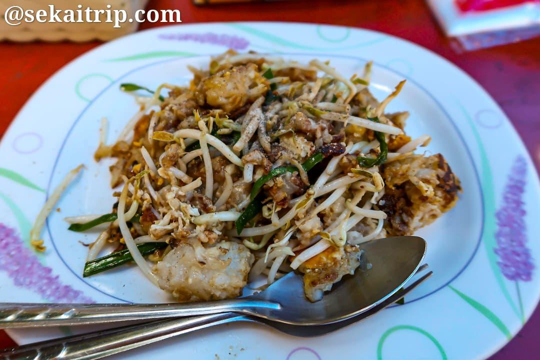 タイ・バンコクで食べたトムヤムクンラーメン