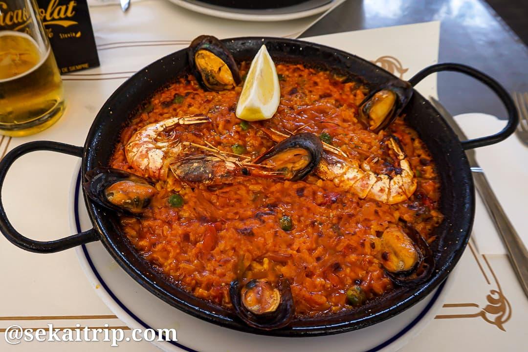スペイン・バルセロナで食べたパエリア