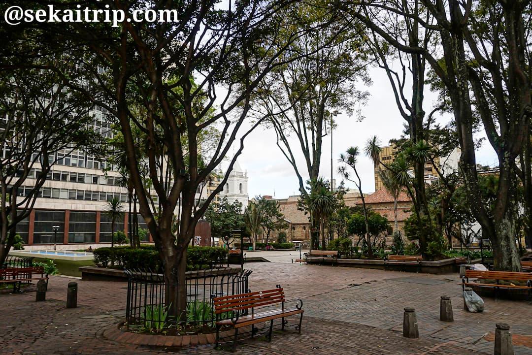 コロンビア・ボゴタのサンタンデール公園(Parque Santander)