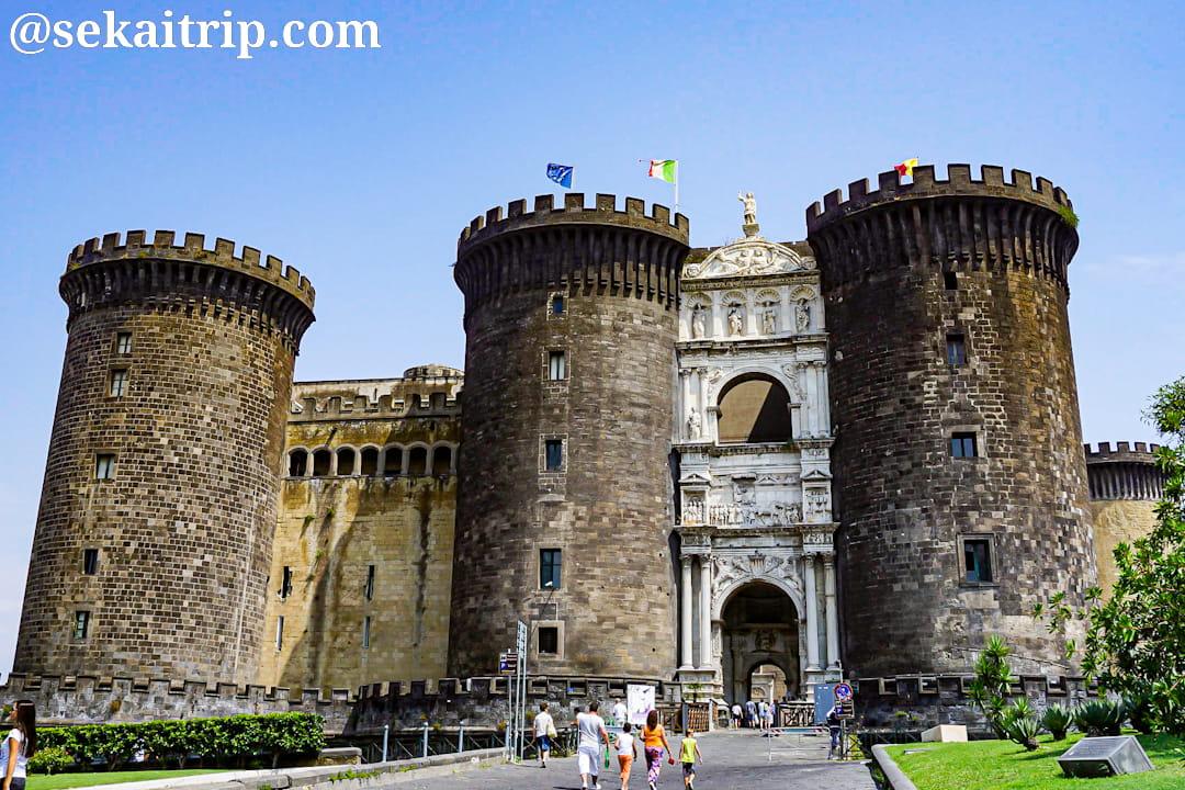 ナポリの世界遺産まとめ!歴史地区の見逃せない観光地とは?