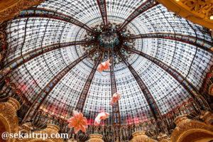 ギャラリー・ラファイエット(Galeries Lafayette Haussmann)の天井