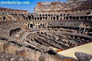 ローマ・コロッセオ(Colosseo)の内部