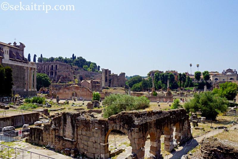 ローマにあるフォロ・ロマーノ(Foro Romano)