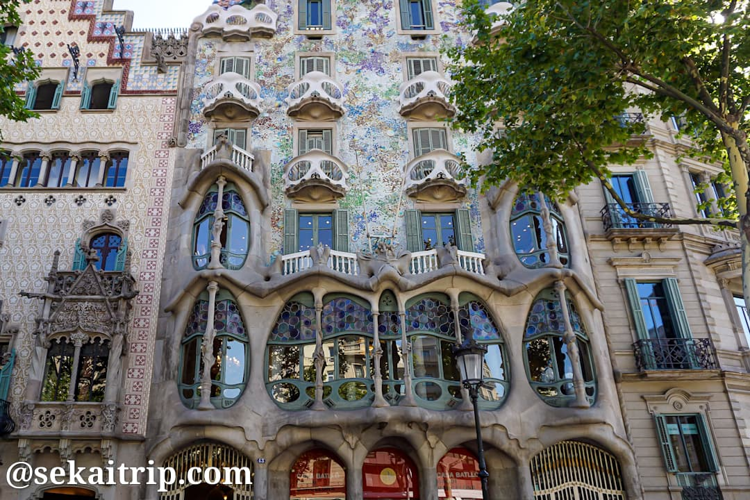 バルセロナのおすすめ観光地15選!世界遺産「ガウディの作品群」など