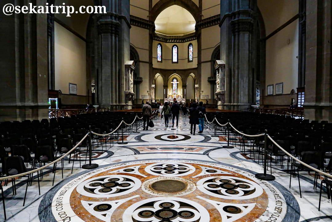 サンタ・マリア・デル・フィオーレ大聖堂の内部