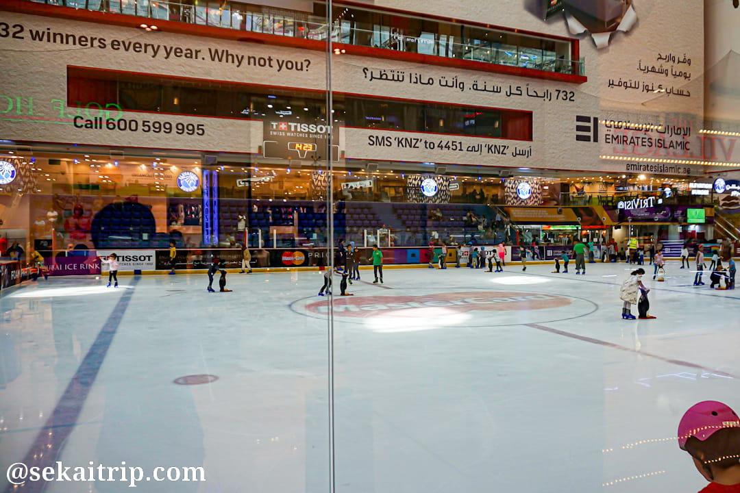 ドバイモール(The Dubai Mall)のスケート場