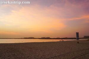 ドバイのJBRビーチ(JBR Beach)の夕日