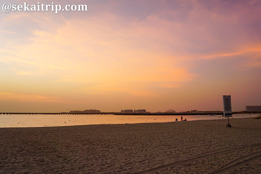 ドバイのマリーナ・ビーチ(Marina Beach)の夕日