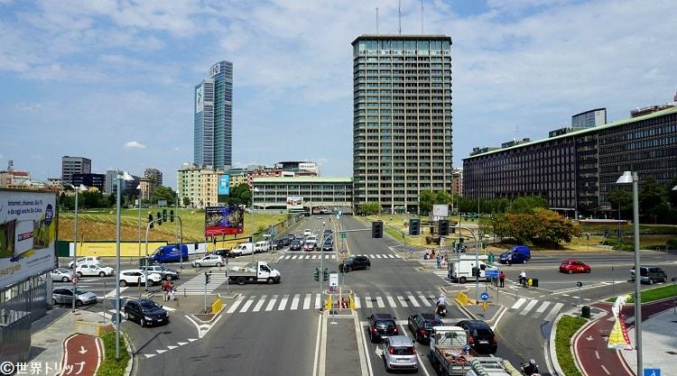 ガエ・アウレンティ広場付近から撮影