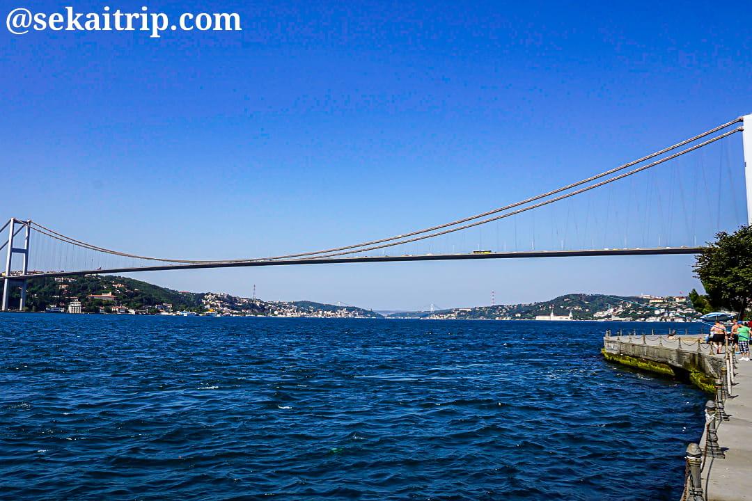 イスタンブールのボスポラス大橋