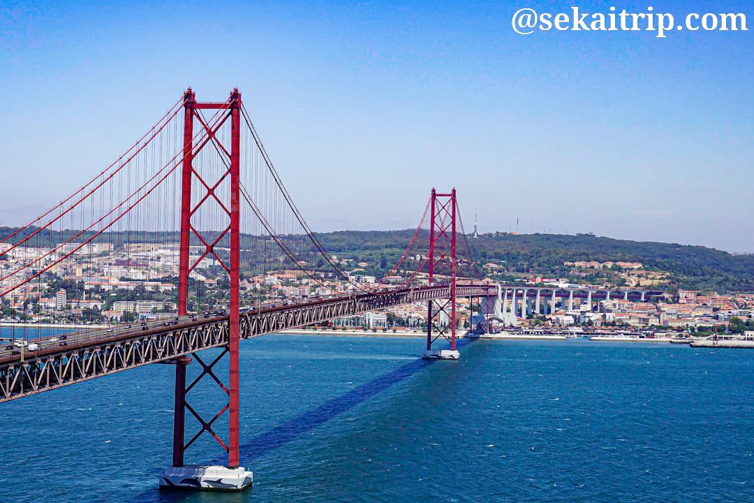 ポルトガル・リスボンの4月25日橋(Ponte 25 de Abril)