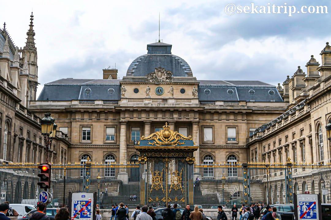パレ・ド・ジュスティス(Palais de Justice de Paris)