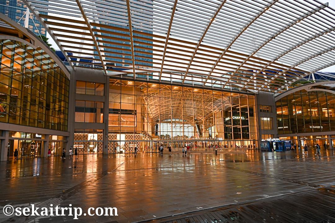 シンガポールのショップス・アット・マリーナ・ベイ・サンズ(The Shoppes at Marina Bay Sands)