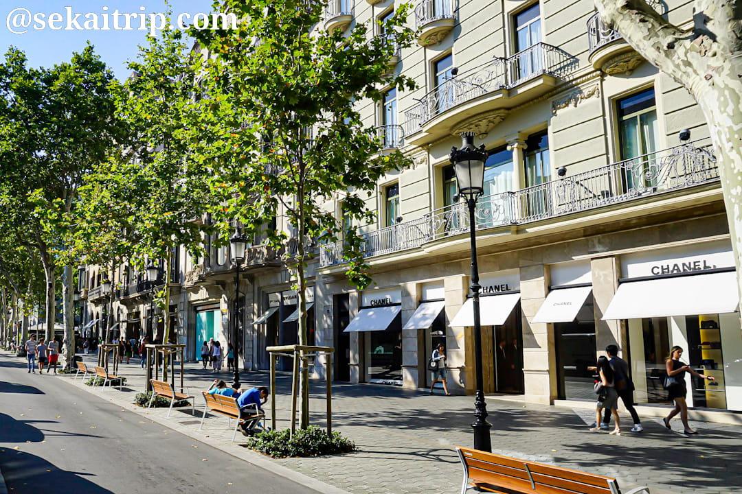 バルセロナのパセジ・デ・グラシア(Passeig de Gràcia)