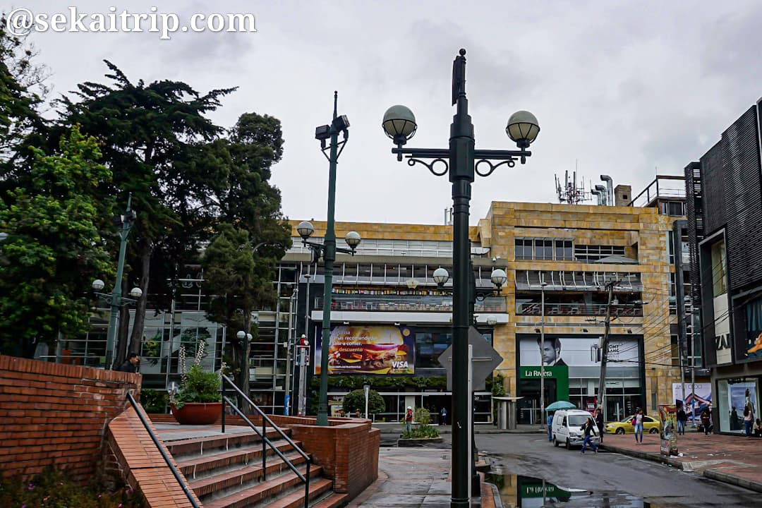 新市街側の街道