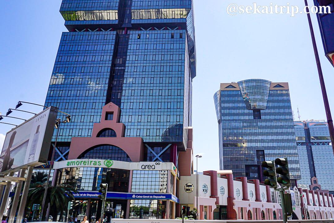 リスボンのアモレイラス・ショッピングセンター(Amoreiras Shopping Centre)