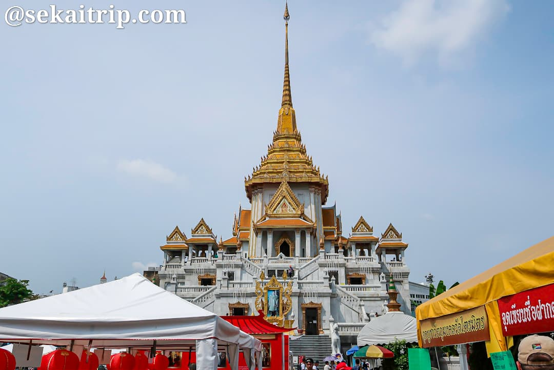 ワット・トライミット(Wat Traimit)