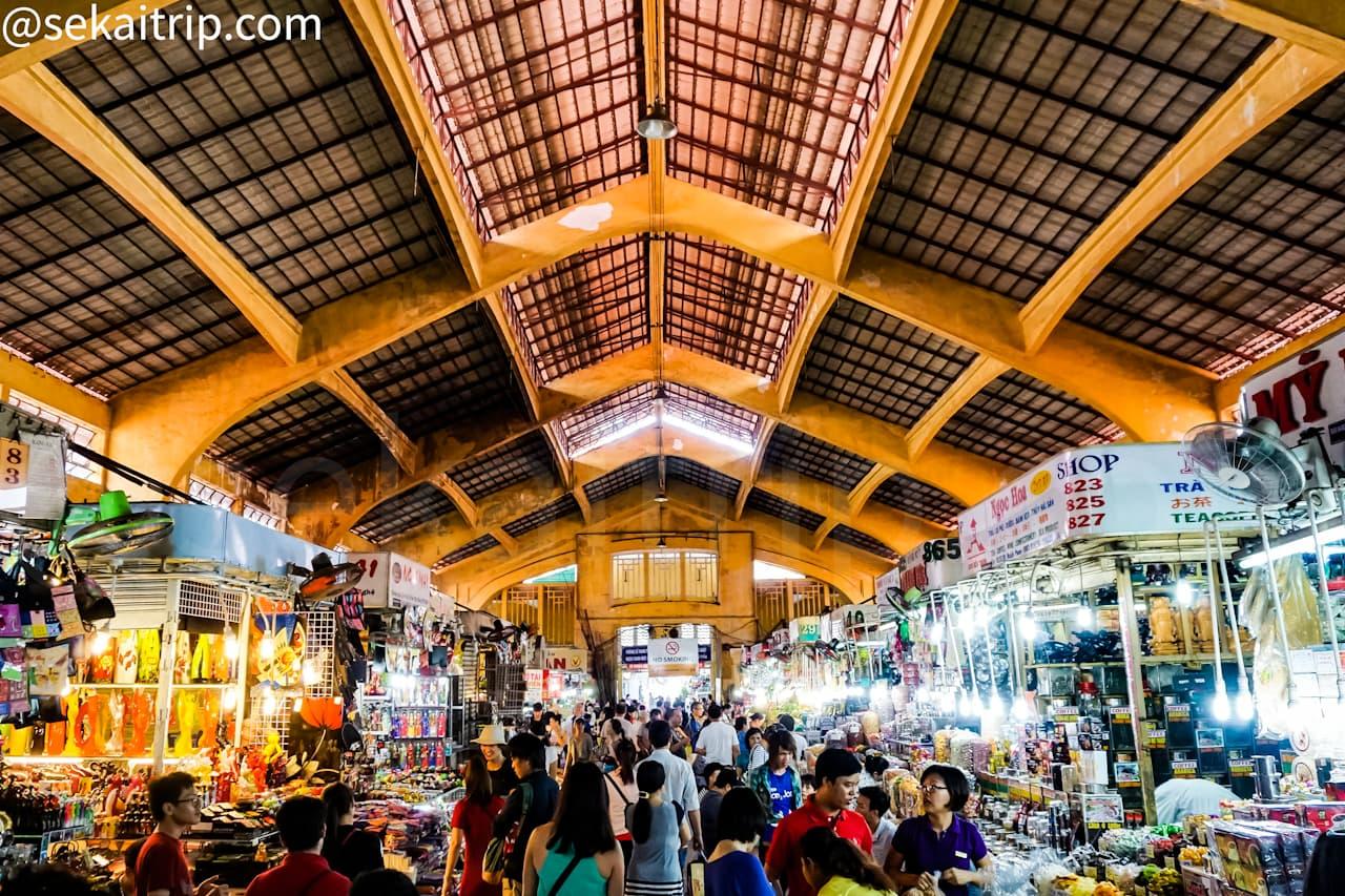 ホーチミンのベンタイン市場(Ben Thanh Market)