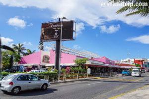 カンクンのコーラル・ネグロ・フリー・マーケット(Coral Negro Flea Market)