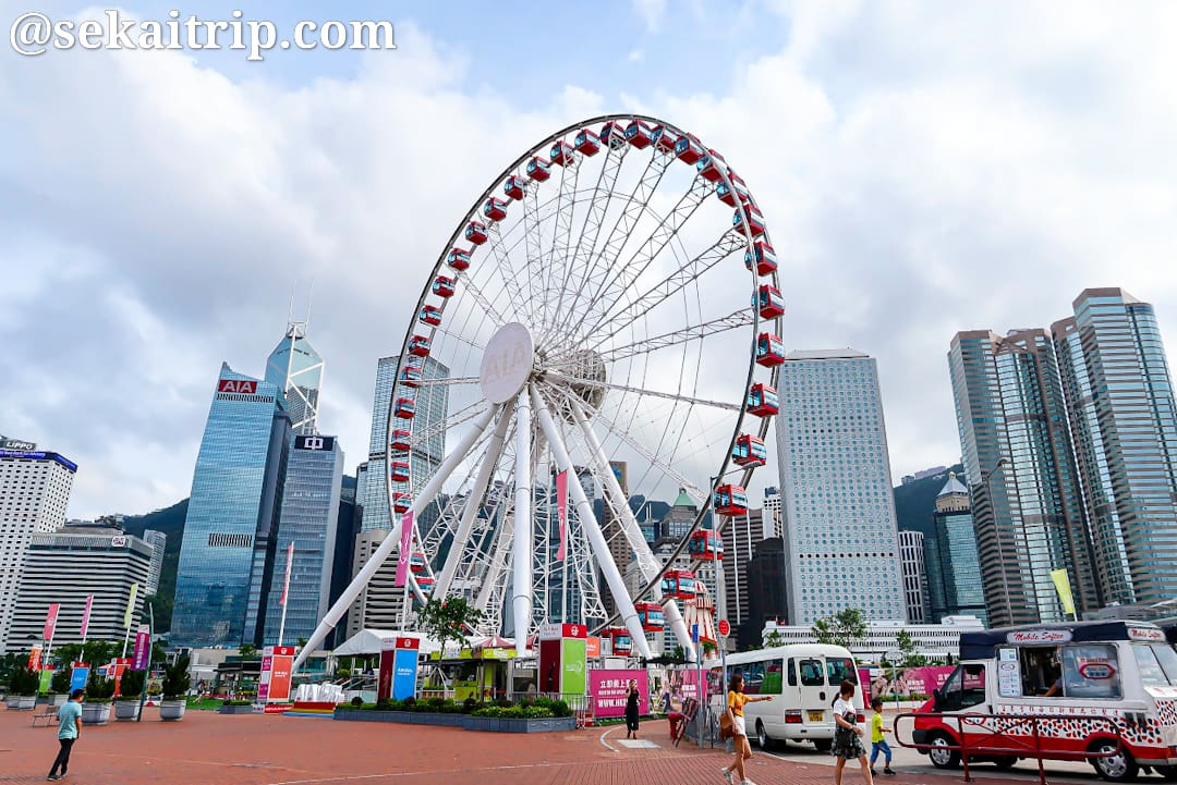 昼間の香港摩天輪(The Hong Kong Observation Wheel)