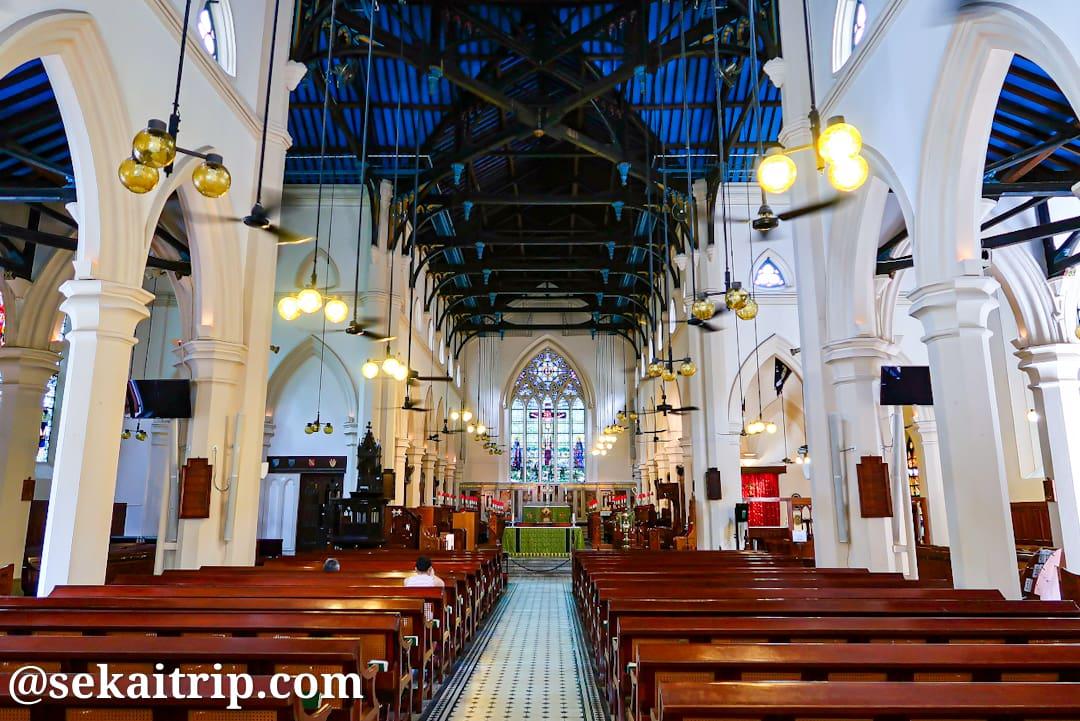 香港のセント・ジョンズ大聖堂の内部