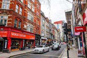 ロンドンのデンマーク・ストリート(Denmark Street)