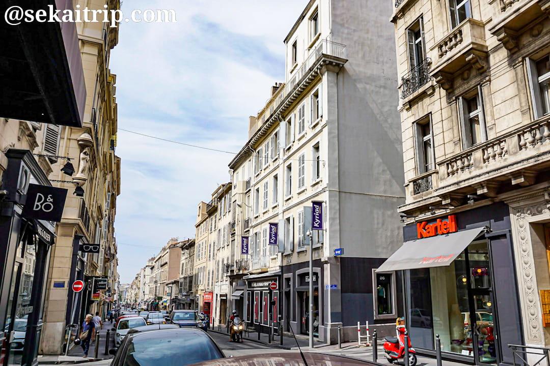 マルセイユのパラディ通り(Rue Paradis)