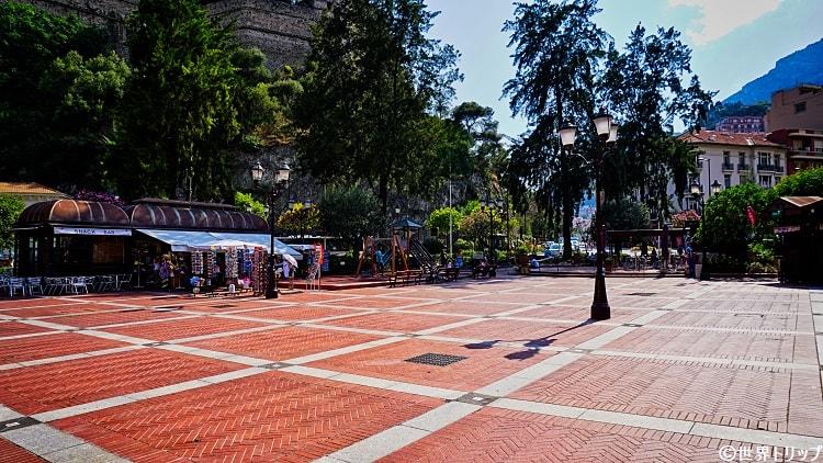 モナコのアルム広場(Place d'Armes)