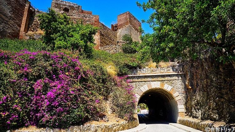 マラガ砦のトンネル