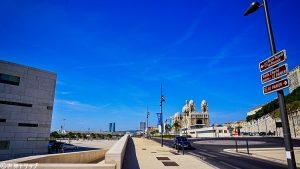 マルセイユ大聖堂付近