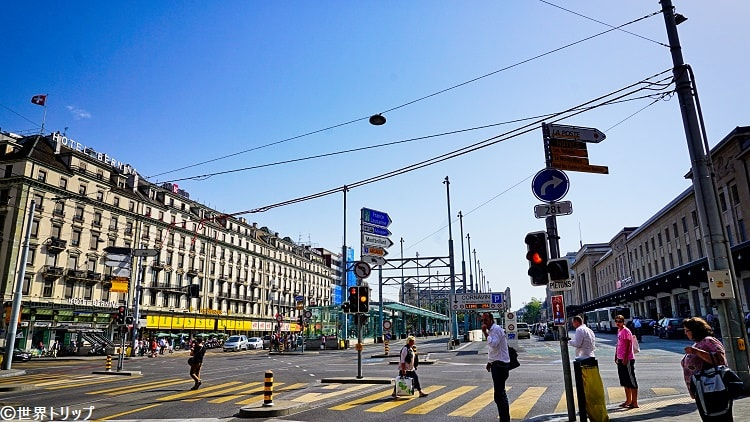 コルナヴァン駅前の景色