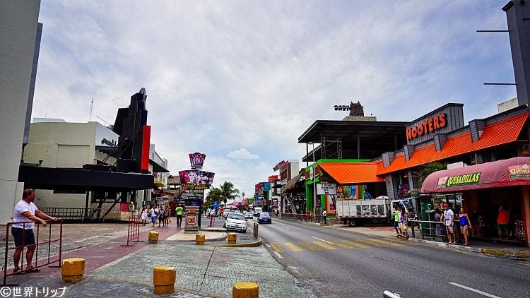 フーターズ・カンクン(Hooters Cancun)周辺