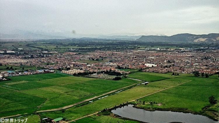 エルドラド国際空港着陸前の景色