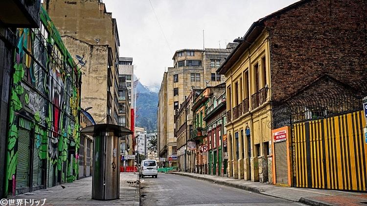 旧市街側のショッピング街