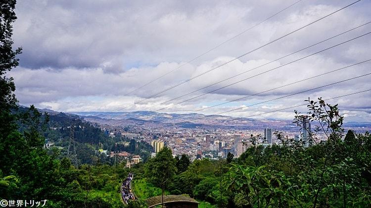旧市街側の高台からの景色
