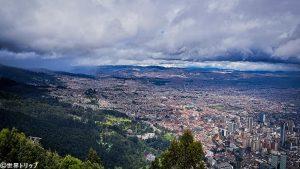 モンセラーテの丘から見た景色(斜面側)