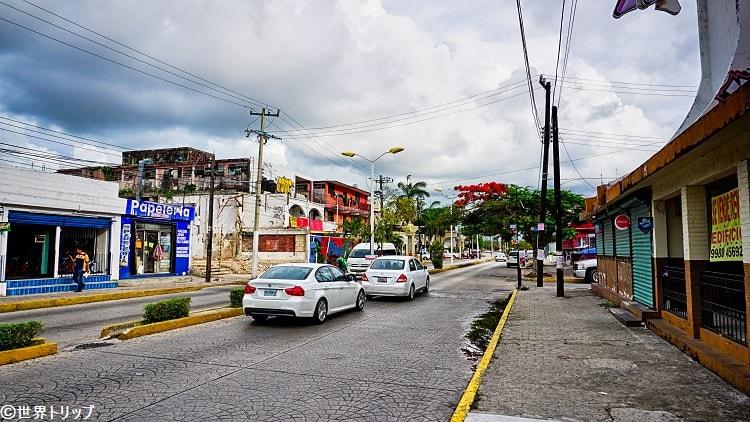 ヤスチラン通り(Avenida Yaxchilán)