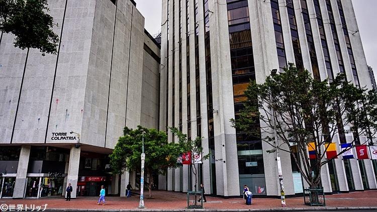 旧市街側の高層ビル