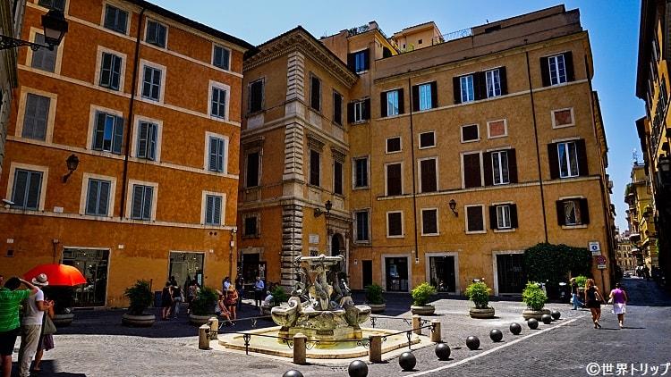 亀の噴水(Fontana delle Tartarughe)