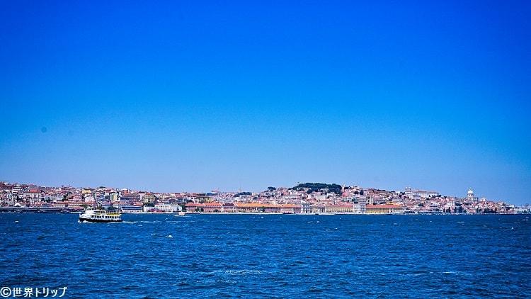 フェリーから見たリスボンの街