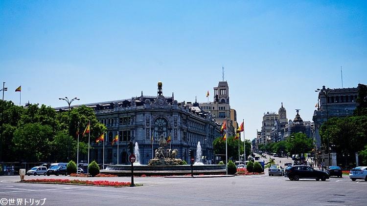 シベーレス広場(スペイン銀行側)