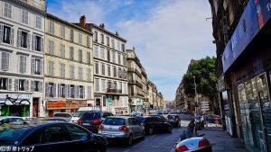 リュートー広場(Cours Lieutaud)