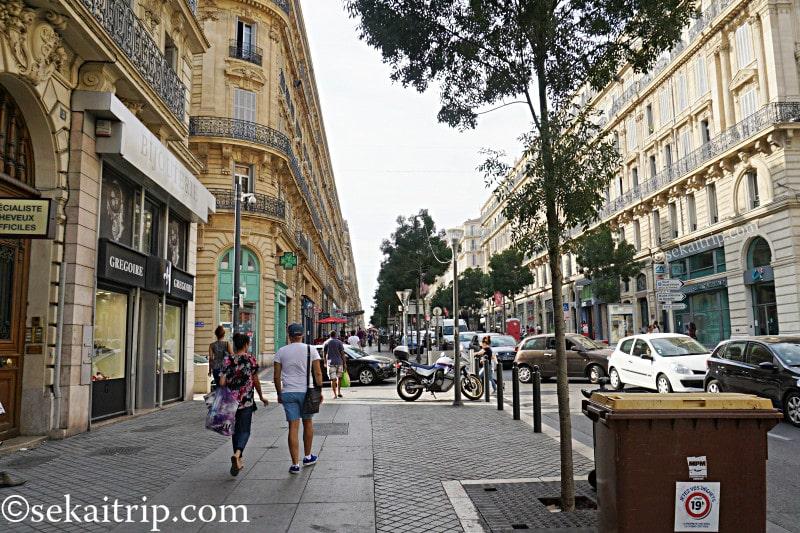 レピュブリック通り(Rue de la République)