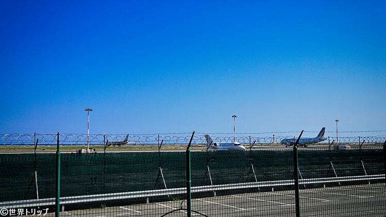 ニース・コート・ダジュール空港(滑走路)