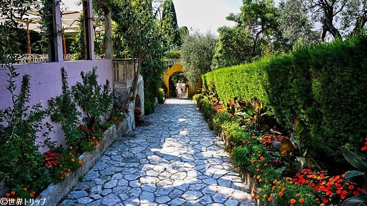 ロスチャイルド邸(各庭園に向かう通路)