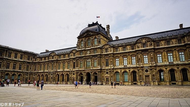 ルーヴル宮殿