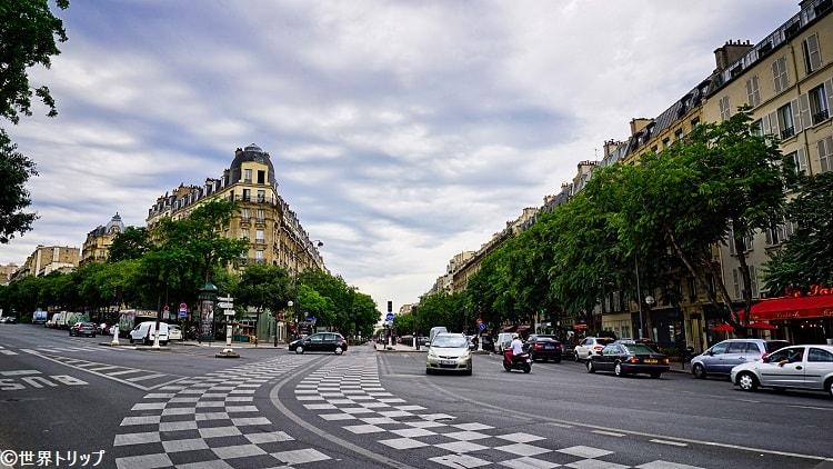 オピタル通り(Boulevard de l'Hôpital)から撮影
