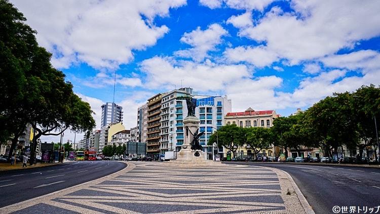 ドゥーケ・デ・サルダーニャ広場