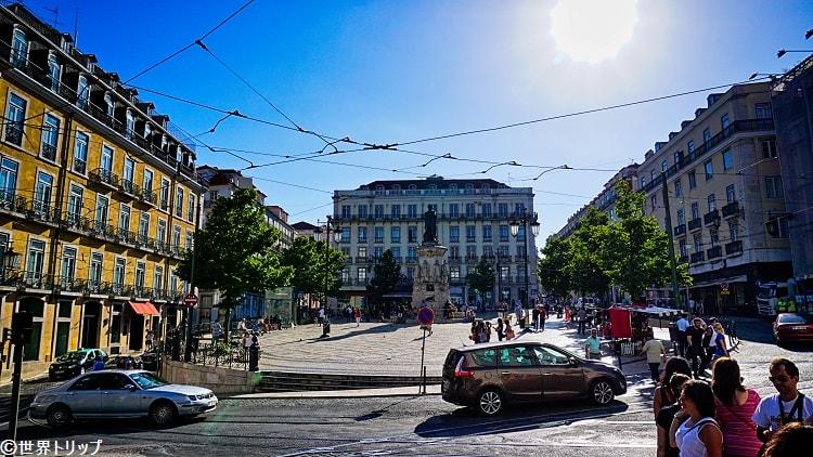 ルイース・デ・カモエンス広場